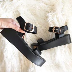 I Bamboo | NWOT platform buckle sandals